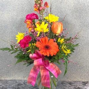 flirty flower arrangement | Spring Creek Design LLC | Gillette Wyoming