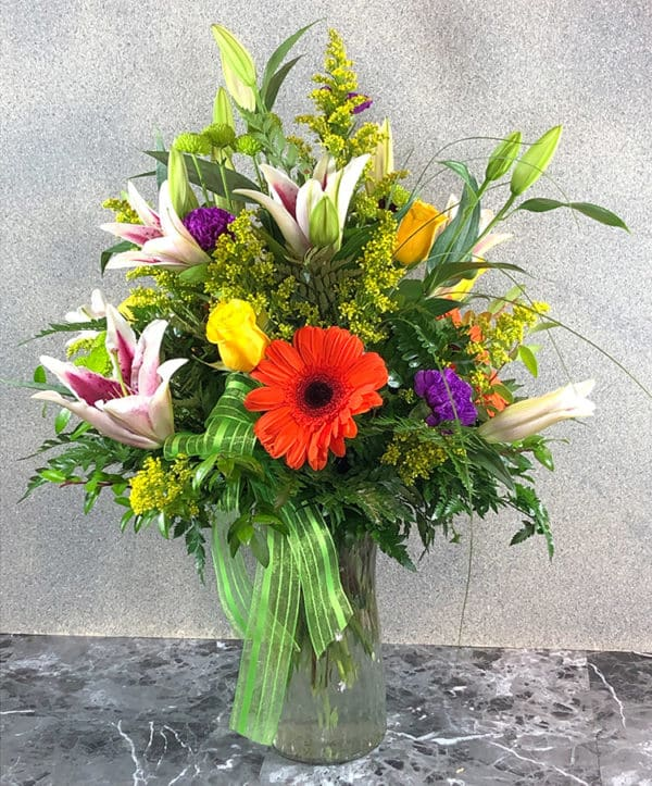 stargazer lilies and daisy's | Spring Creek Design LLC | Gillette Wyoming