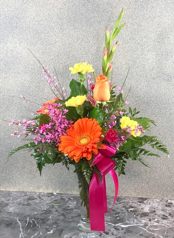 roses and gladiolas | spring creek designs | Gillette Wyoming